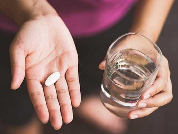 Giải mã nằm mơ thấy uống thuốc là điềm báo gì