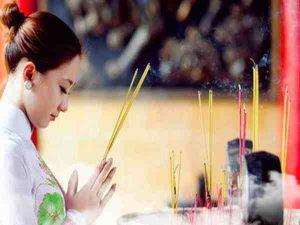 Các bài văn khấn cầu con và cách sắm lễ cầu tự chi tiết