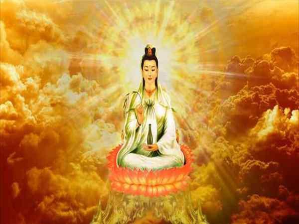 Cách sắm lễ và các bài văn khấn Quan Thế Âm Bồ Tát phổ biến